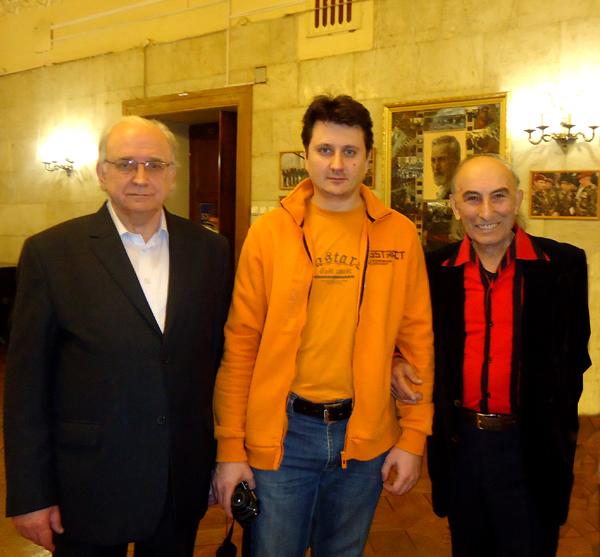 Анатолий шамардин в фойе клуба мвд